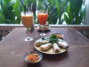 Fresh Spring Rolls and Juice at Quan Bui